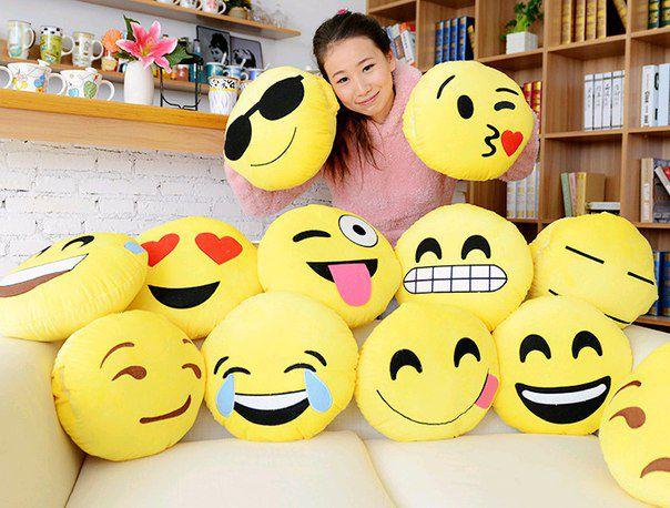 Купить подушку смайлик Emoji