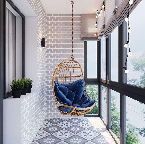 подвесное кресло фото на балконе